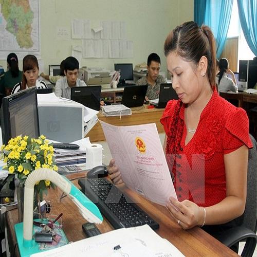 Cơ sở thực tiễn của tình hình đăng ký đất đai , cấp giấy chứng nhận trên cả nước