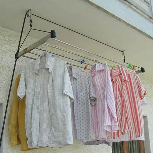 Giàn phơi quần áo treo trần sử dụng pulley