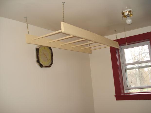 Tự làm giàn phơi trong nhà bằng các thanh gỗ